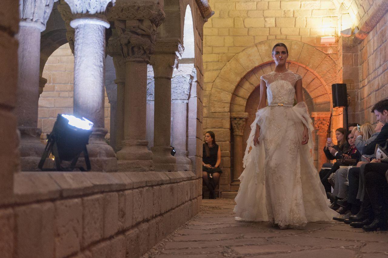 inmaculada-garcia-el-poble-espanyol-fashion-show18