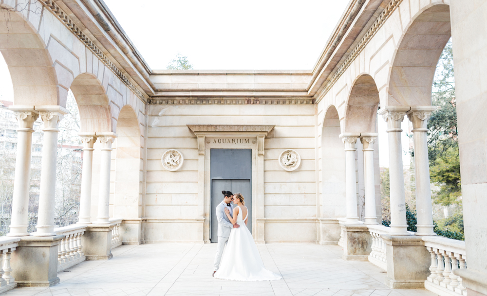 lq-barcelona-bridal-shoot-door-nienke-van-denderen-fotografie-35
