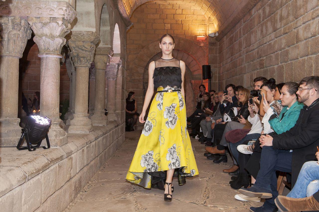 inmaculada-garcia-el-poble-espanyol-fashion-show05