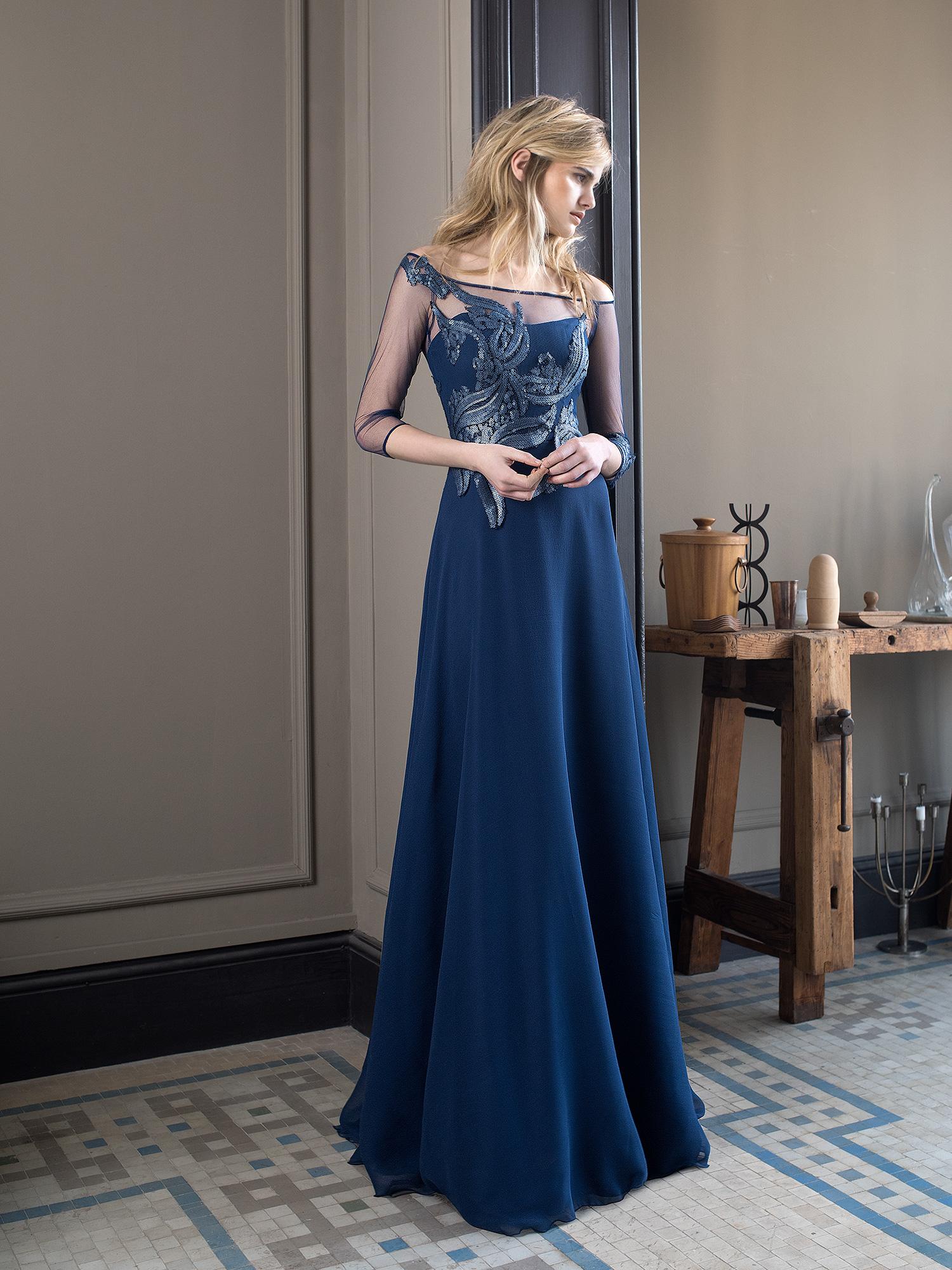 767856d19 inmaculada-garcia-barcelona-vestidos-novia-petra 01