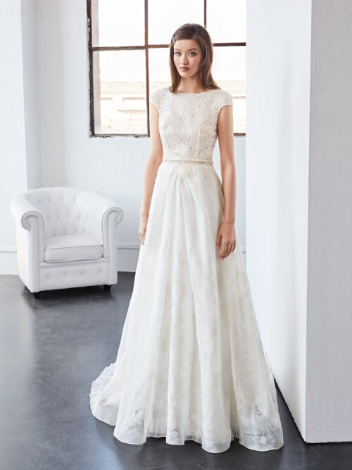 inmaculada_garcia_barcelona_wedding_dress_cuarzo