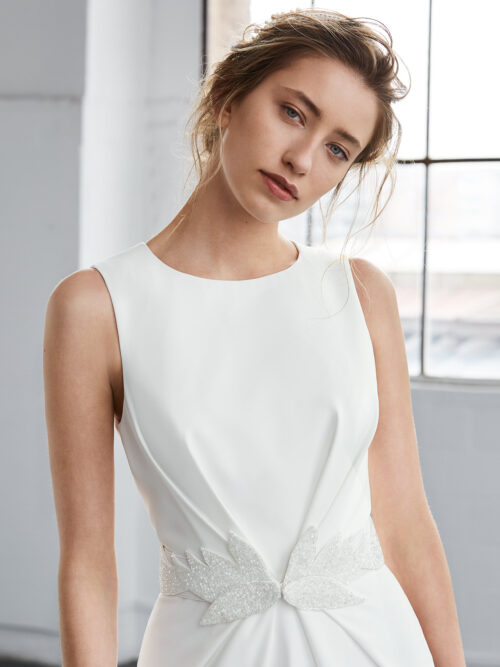 inmaculada_garcia_barcelona_wedding_dress_prehnita1