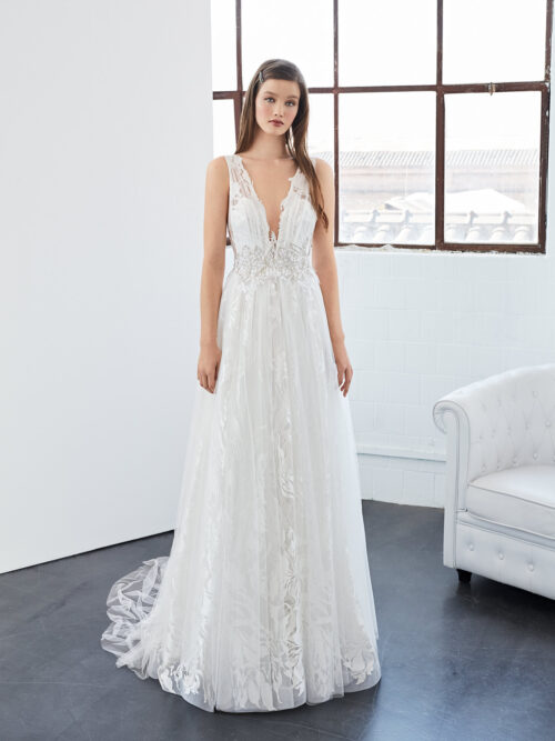 inmaculada_garcia_barcelona_wedding_dress_calcita