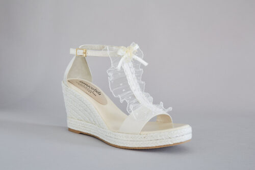 inmaculada-garcia-wedding-dress-barcelona-accessories-shoes