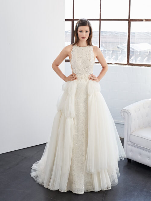 inmaculada_garcia_barcelona_wedding_dress_vogel_with_overskirt